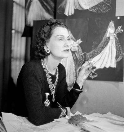 Mademoiselle Chanel at work, 1937