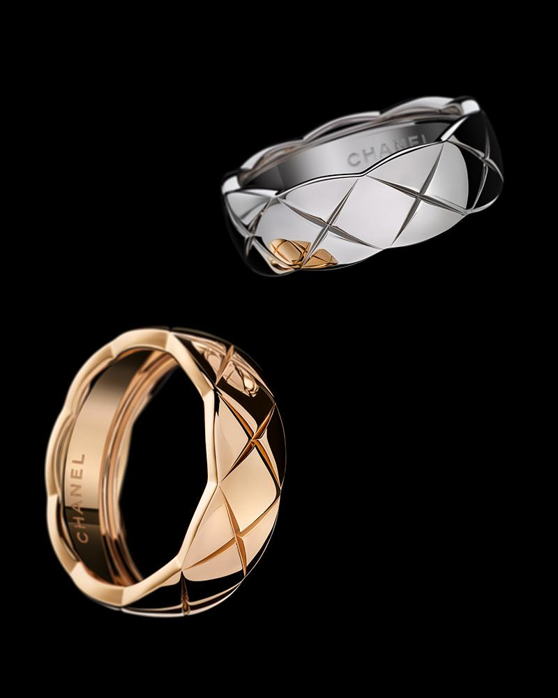 Still-life visual of COCO CRUSH rings in 18K BEIGE GOLD and white gold* – Excès