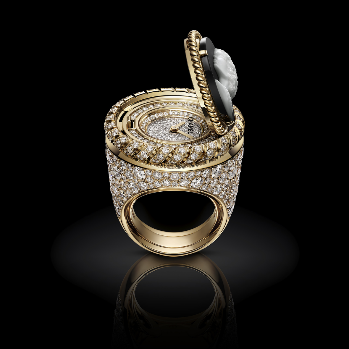 H7072 Mademoiselle Privé Bouton ring open view